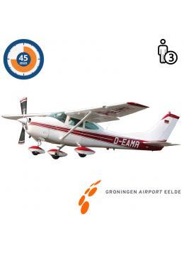 Trail lesson | Flight lesson | Sightseeing Flight Cessna 182 Skylane Groningen Airport Eelde  (45 minutes)