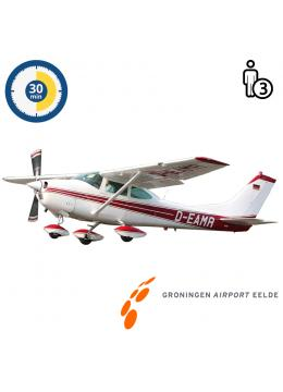 Trail lesson | Flight lesson | Sightseeing Flight Cessna 182 Skylane Groningen Airport Eelde  (30 minutes)